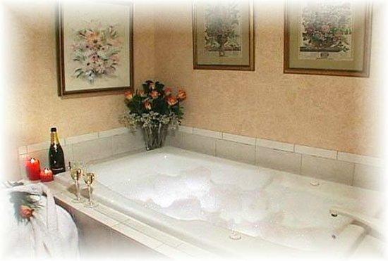Inn at Sawmill Farm: Luxury Bath Rooms