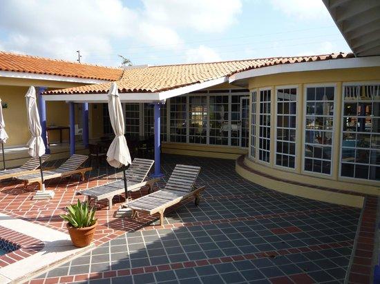 La Pura Vista: Zonnebaden op het terras