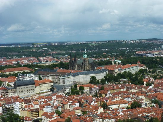 Petrin Tower (Rozhledna): View of Prague Castle