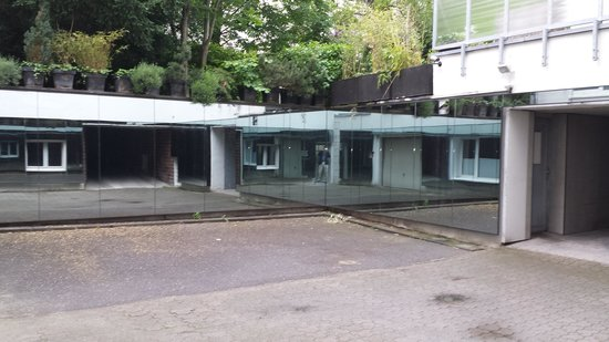 National Socialism Documentation Center : the courtyard where prisoners were murdered.