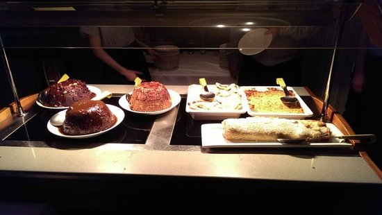 Three Ways House Hotel: Squidgy Chocolate, Sticky Toffee, Maple-Walnut-Banana, Bread Butter, Rhubarb Crumble, Jam Roly P