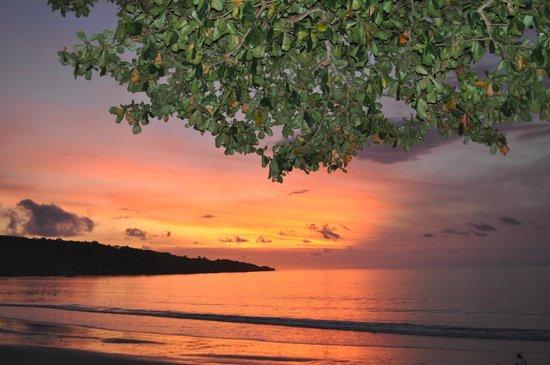 INTERCONTINENTAL Bali Resort : Закат