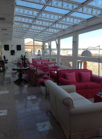 Hotel Corallo Sorrento: So Bright and Cheery.