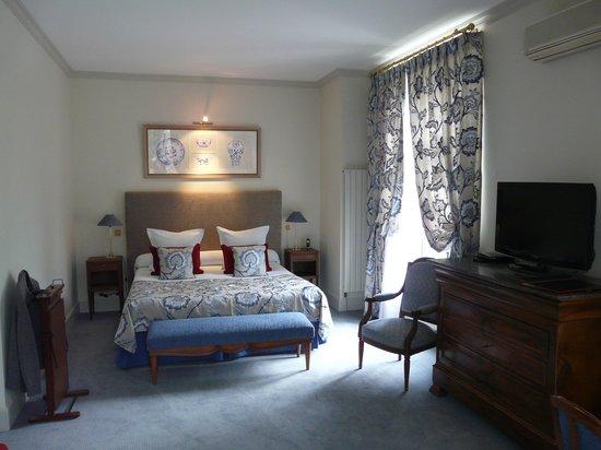 Le Clos - Relais et Châteaux : Suite n°3: la chambre..