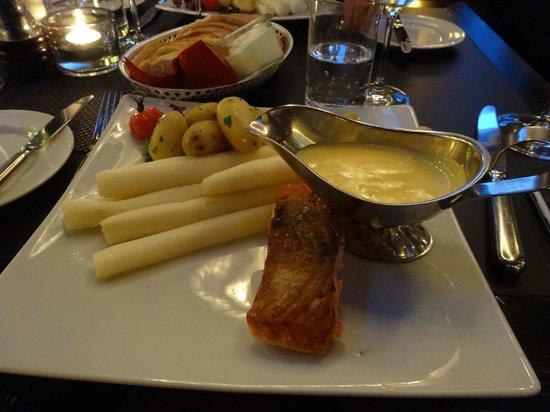 Restaurant Druckwasserwerk: спаржа