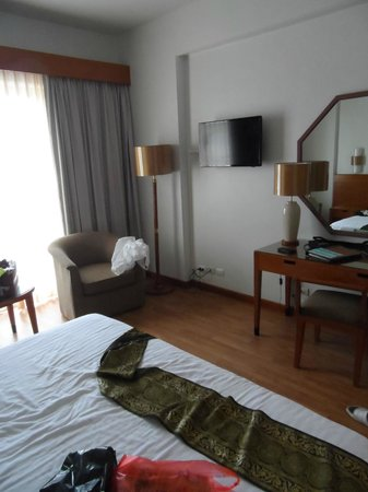 The Royal Paradise Hotel & Spa : the room