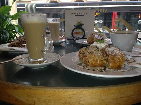 Cafe Slavia : Знаменитые штрудели