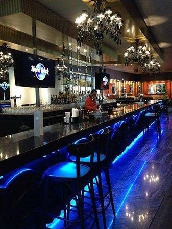 Hard Rock Hotel Riviera Maya: Bar in Heavenly section