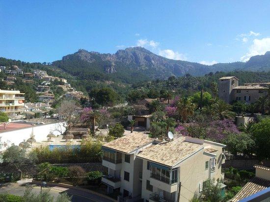 Aimia Hotel: Zimmeraussicht Hotelrückseite