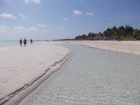 Sol Cayo Guillermo: Beach paradise
