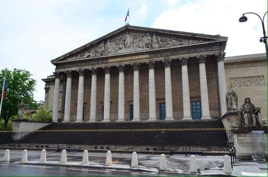 Palais-bourbon.