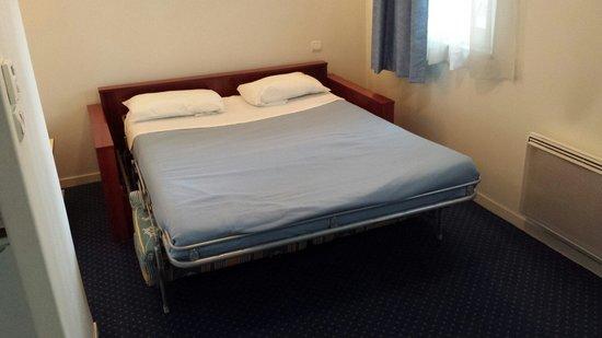 Appart'City Limoges: Reservation pour un lit double et non un canapé convertible....!!!!
