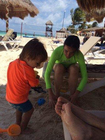 Azul Beach Resort Riviera Maya: Feliz