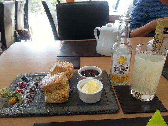 The Waymarker : Delicious Cream Tea