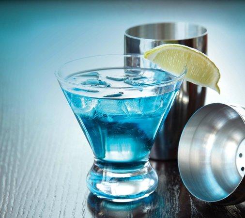 Crabby Joe's Tap & Grill: Marvellous Martini Friday's!!