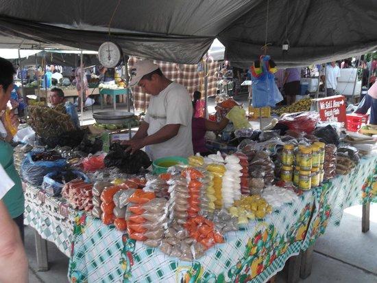 San Ignacio Market: Spices, Spices, Spices