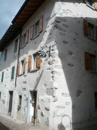 B&B Affittacamere Ca' Mea Dina : picture of front of b&b