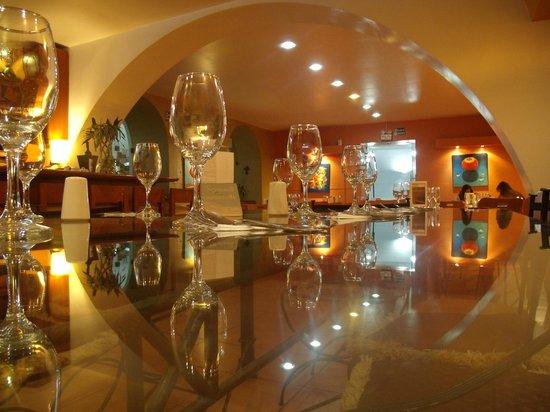 Notansanto Arte Bar Restaurant