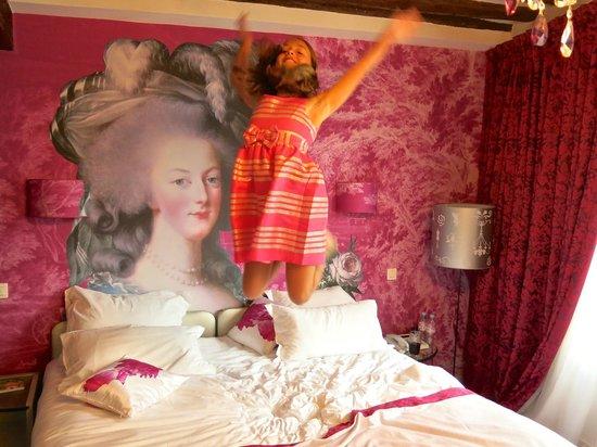 Hôtel Konfidentiel : My niece Loved it!
