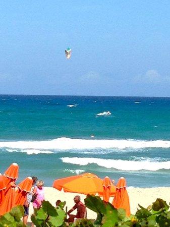 Four Seasons Resort, Palm Beach: Beautiful beach