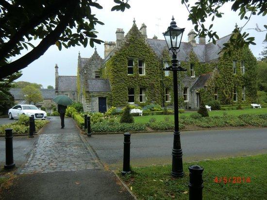 Castle Leslie Estate: Front aspect of Lodge