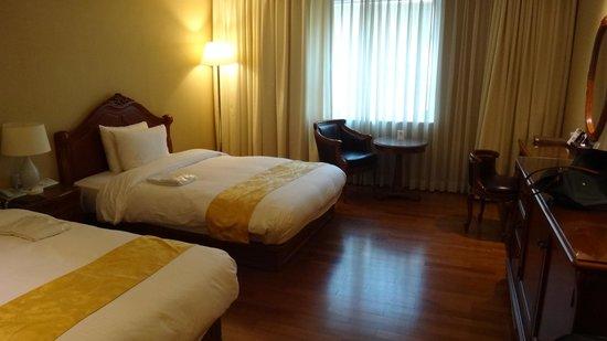 Sejong Hotel : Room at 3rd floor