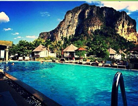 Peace Laguna Resort: View from pool area