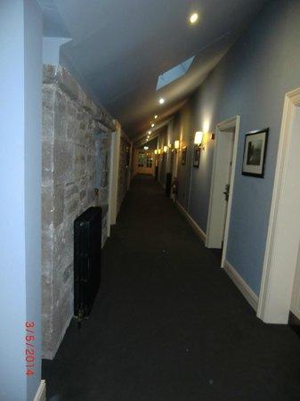 Castle Leslie Estate: 1st floor corridor