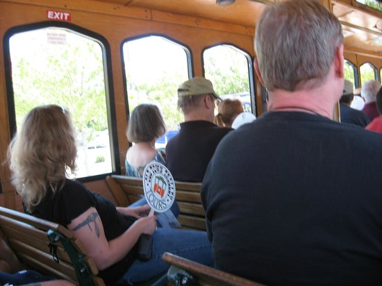 Old Town Trolley Tours of Savannah : On board the Trolley