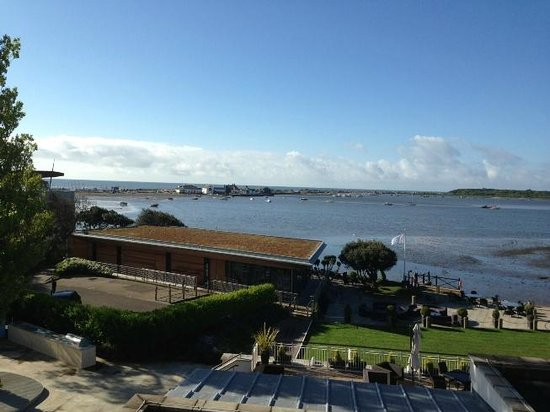 Christchurch Harbour Hotel & Spa: The view from our bedroom window