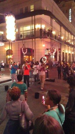 Bourbon Street: Entertainers!