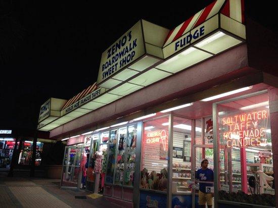 Zeno's Boardwalk Sweet Shop: Zeno's Sweet Shop, Daytona Beach,FL
