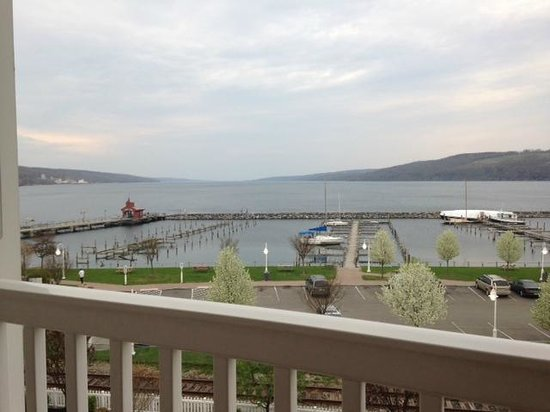 Watkins Glen Harbor Hotel: View from our balcony suite