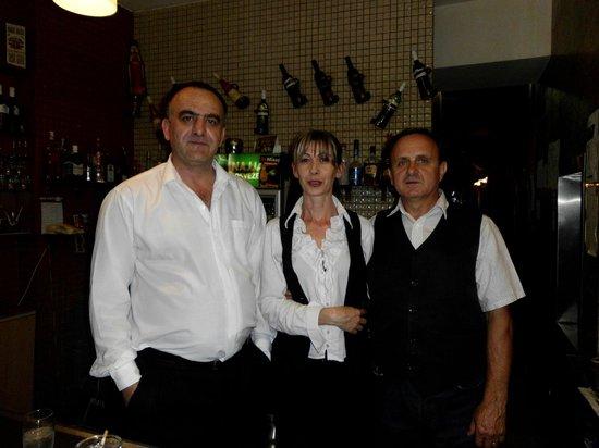 Royal Hotel: personnel sympathique du bar et du restaurant