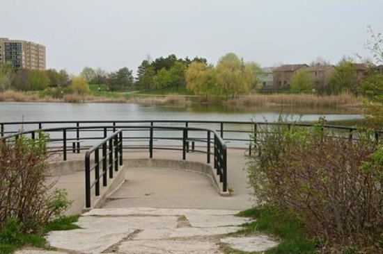 Lake Aquitaine Park: This belvedere is wheelchair accessible