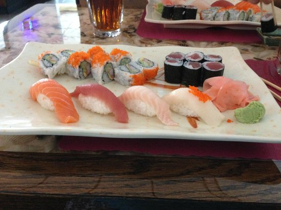 Crazy Cafe : Sushi lunch