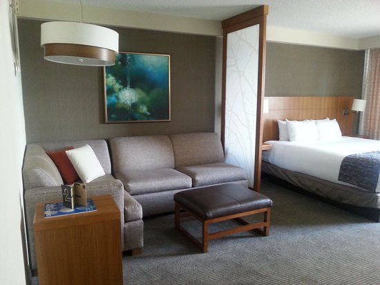 Hyatt Place San Jose/Downtown : Living space area