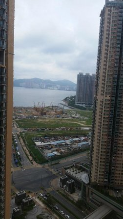 Holiday Inn Express HONG KONG KOWLOON EAST: View from the window