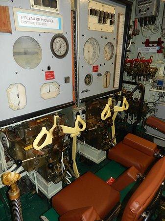 Sous-Marin Flore : Flore Submarine base - Intérieur du sous-marin