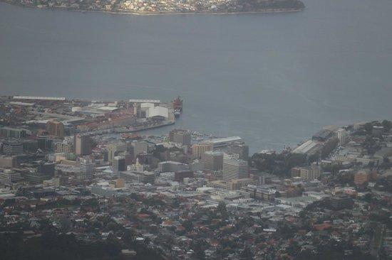 Mount Wellington: Hobart lá embaixo...