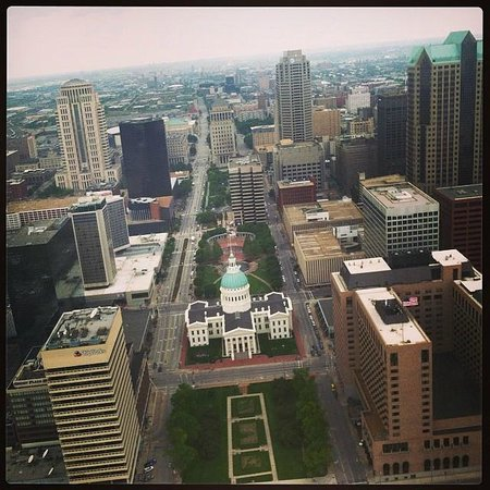 The Gateway Arch : The Old Courthouse and St. Louis, from atop the Arch.