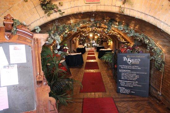 DiSalvos Station: Entrance hallway