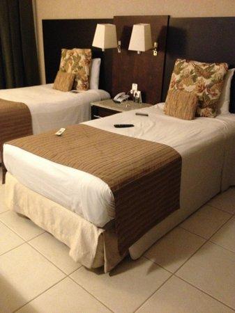 Hotel Deville Prime Cuiabá: quarto