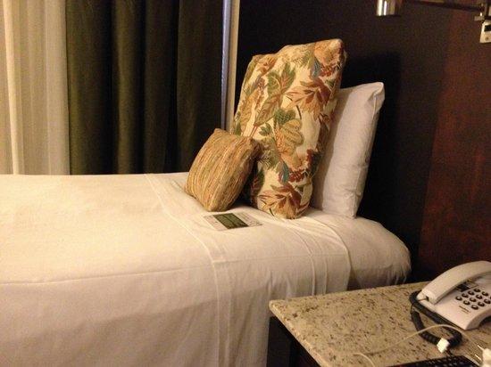 Hotel Deville Prime Cuiabá: a cama <3