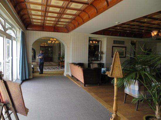 St. Brelades Bay Hotel: lobby