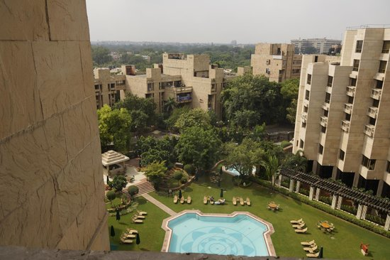 Hyatt Regency Delhi: Blick aus dem Fenster, Garten-Pool
