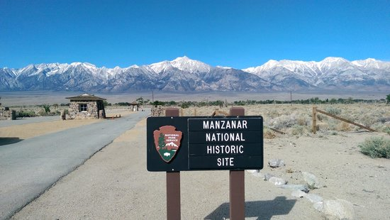 Manzanar National Historic Site : Second sign