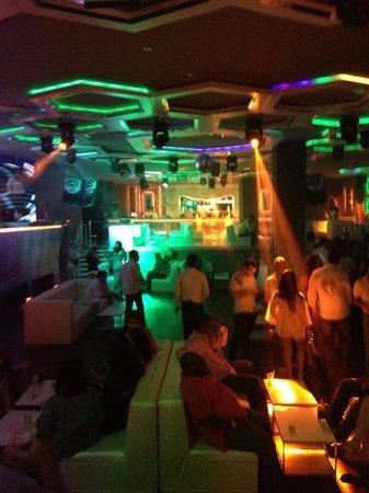 Moon Palace Cancun: Nightclub in the hotel