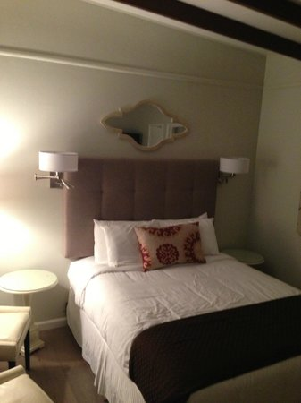 Lotus of Lompoc - A Great Hospitality Inn : room pic