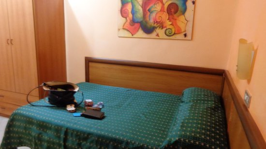 Hotel Colombo : room